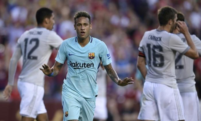 neymar scores against man utd