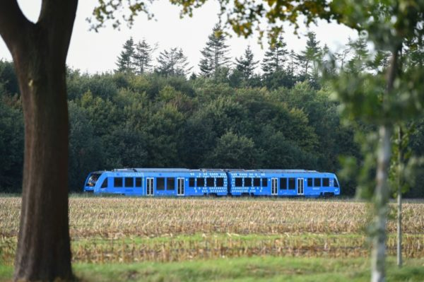 Germanys-first-hydrogen-powered-train--e1537218335392