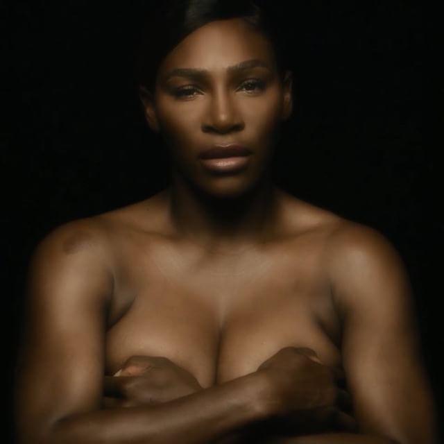 topless serena