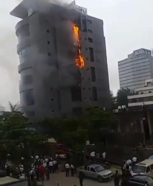 Unity-Bank-Head-Office-on-fire
