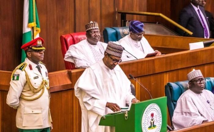 buhari-reads-budget