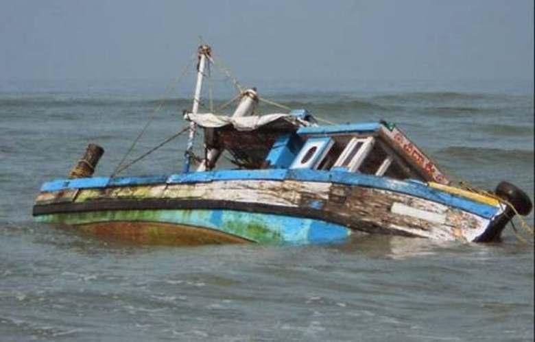 Boat-Capsized